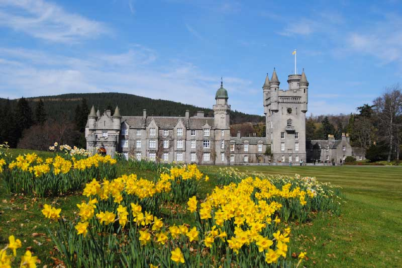 Aberdeen Day Tour to Balmoral Castle and Deeside