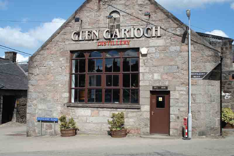 Aberdeen Day tour to Two Whisky Distilleries